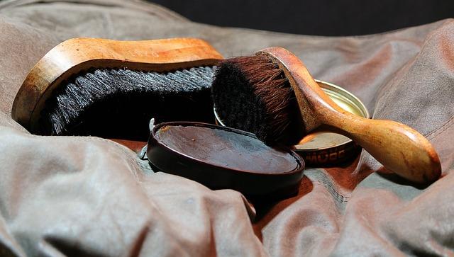 Jak pielęgnować obuwie, zwłaszcza jesienią i zimą?